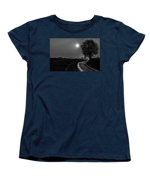 Morning Dew Bw Women's T-Shirt (Standard Cut) by Rainer Kersten