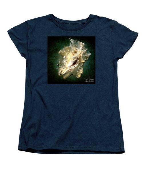 Multidimensional Finds Women's T-Shirt (Standard Cut) by Alexa Szlavics
