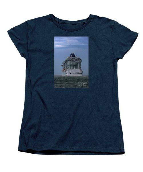 Mv Britannia 3 Women's T-Shirt (Standard Cut) by David  Hollingworth