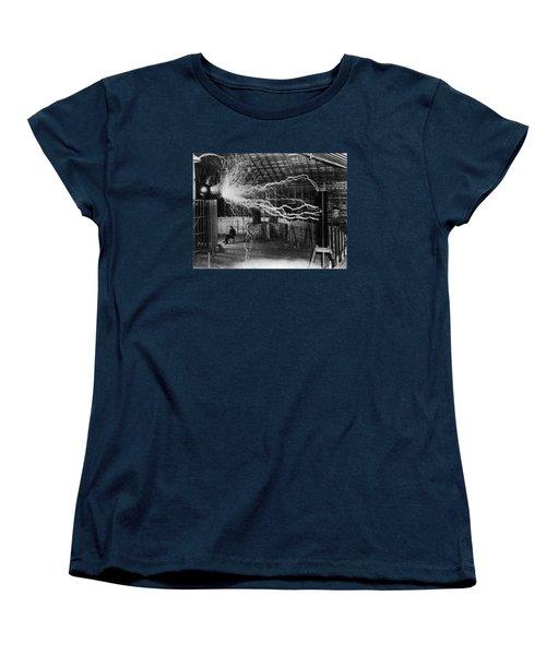 Nikola Tesla - Bolts Of Electricity Women's T-Shirt (Standard Fit)