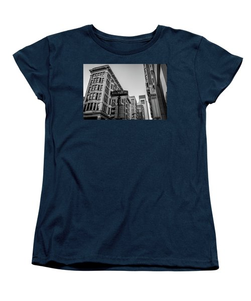 Women's T-Shirt (Standard Cut) featuring the photograph Philadelphia Urban Landscape - 0980 by David Sutton