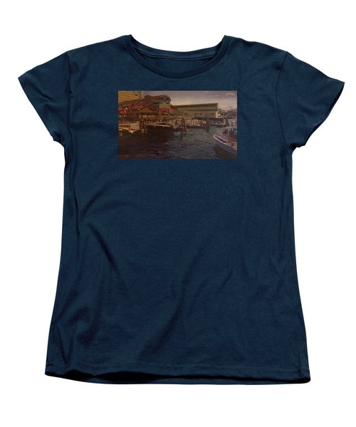 Pier 55 - Red Robin Women's T-Shirt (Standard Cut) by Thu Nguyen