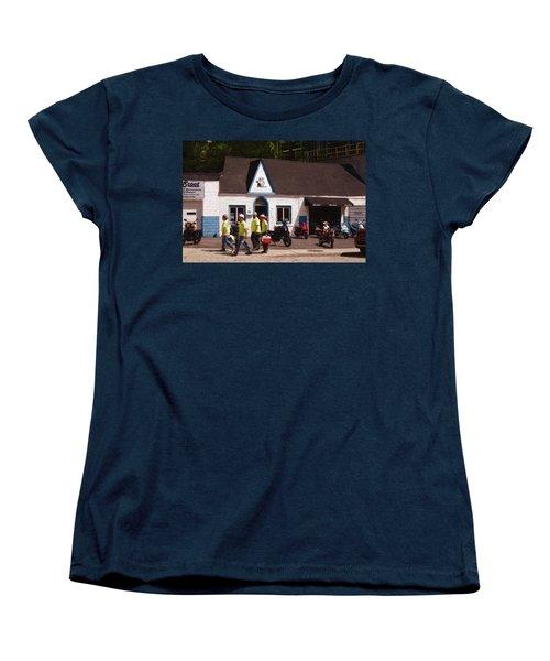 Quitting Time Women's T-Shirt (Standard Cut)