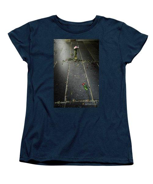 Women's T-Shirt (Standard Cut) featuring the photograph Saskia Rembrandt's Tomb by RicardMN Photography