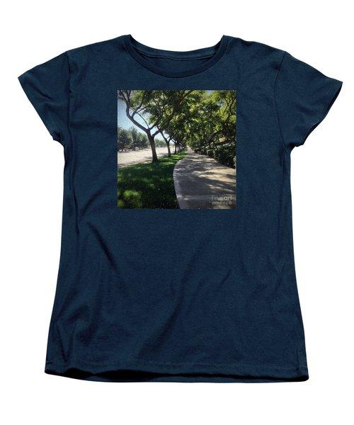 Sidewalk Counseling Women's T-Shirt (Standard Cut) by Sharon Soberon
