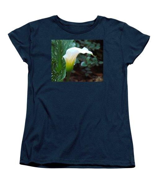 Single Lily  Women's T-Shirt (Standard Cut)