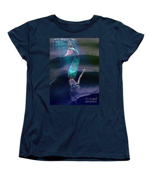 Sirena Women's T-Shirt (Standard Cut) by Lilliana Mendez