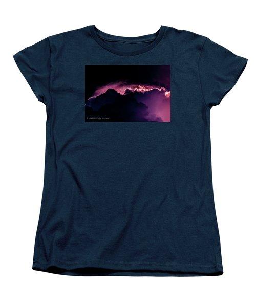 Storms Acomin' Women's T-Shirt (Standard Cut)