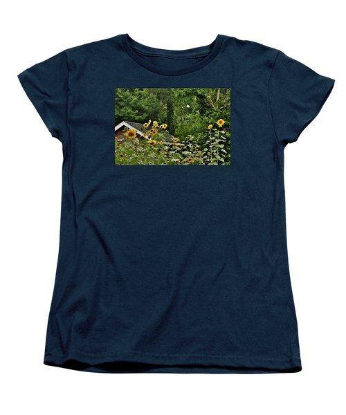 Sunflowers At The Good Earth Market Women's T-Shirt (Standard Cut)