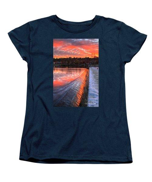 Sunrise At The Dam Women's T-Shirt (Standard Cut) by Robert Pearson
