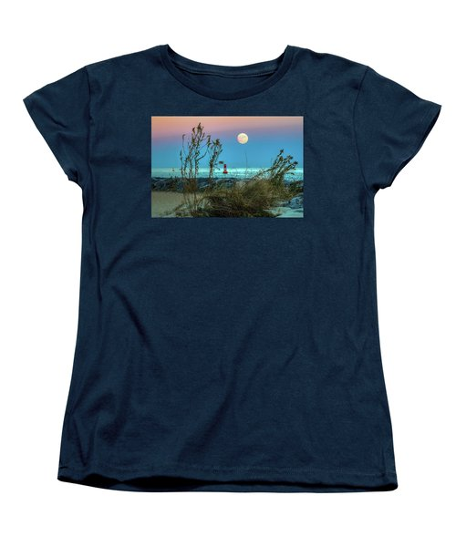 Super Moon 2016 Women's T-Shirt (Standard Cut) by Jerry Gammon