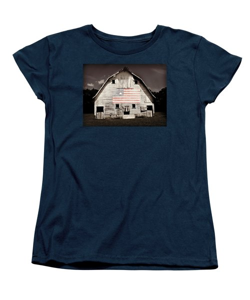 The American Farm Women's T-Shirt (Standard Cut) by Julie Hamilton