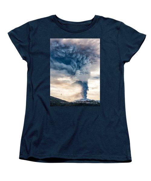 The Column Women's T-Shirt (Standard Cut) by Giuseppe Torre