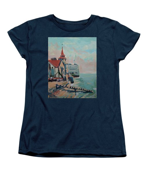 The Round Tower Of Portsmouth Women's T-Shirt (Standard Fit)