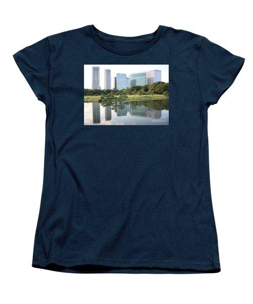 Tokyo Skyline Reflection Women's T-Shirt (Standard Cut)