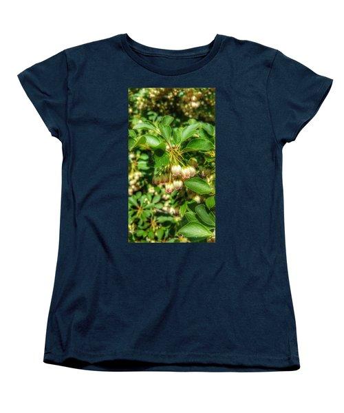 Tres Belle Women's T-Shirt (Standard Cut)
