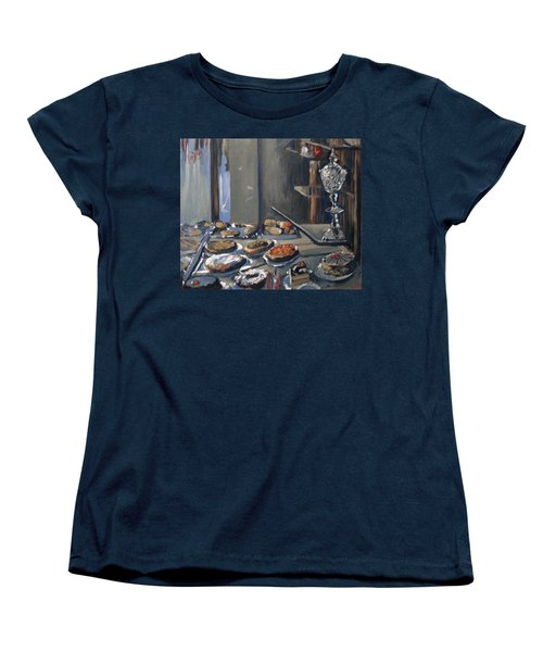 Une Coupe A Gingembre En Cristal De La Patisserie Royale A Maastricht Women's T-Shirt (Standard Fit)