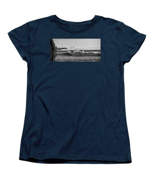 Ventura Pier El Nino 2016 Women's T-Shirt (Standard Cut)