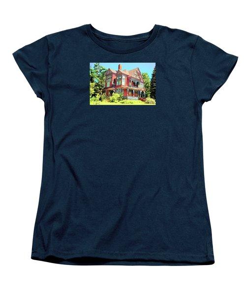 Victorian Women's T-Shirt (Standard Cut)