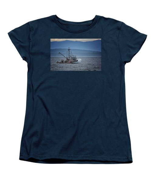 Women's T-Shirt (Standard Cut) featuring the photograph Western Sunrise by Randy Hall