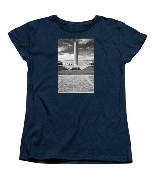 World War I Memorial And Museum Women's T-Shirt (Standard Cut)