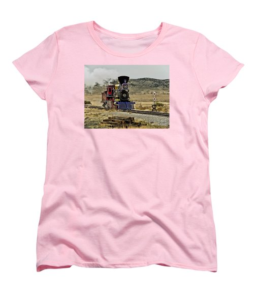Women's T-Shirt (Standard Cut) featuring the photograph Central Pacific's Jupiter by David Lawson