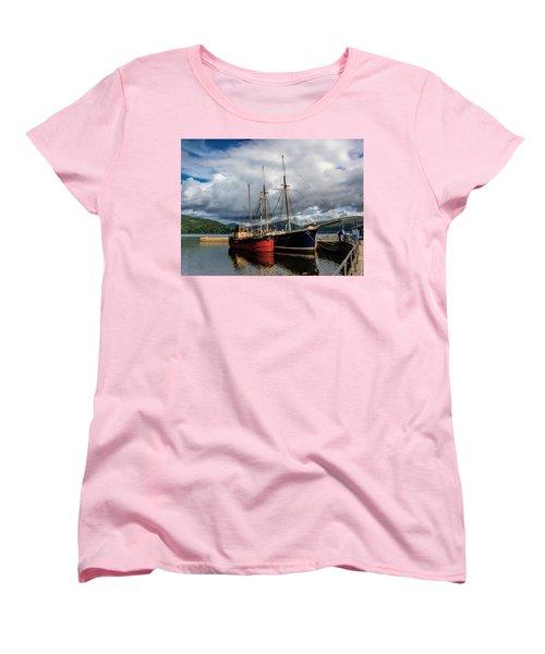Clyde Puffer Women's T-Shirt (Standard Cut) by Lynn Bolt