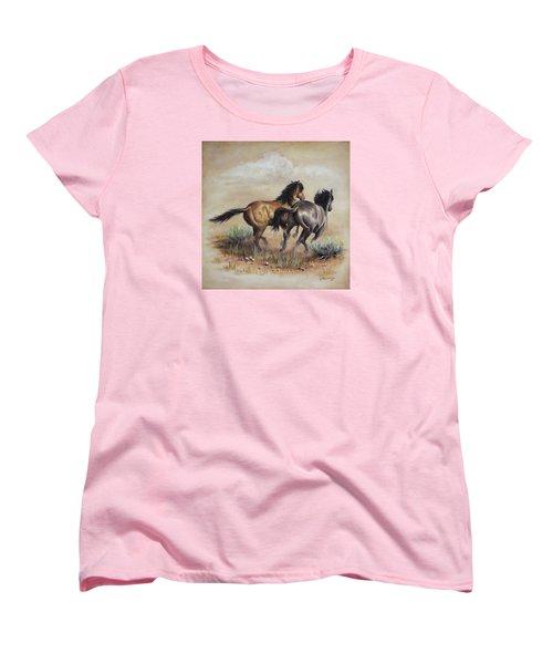 High Tailin' It Women's T-Shirt (Standard Cut)