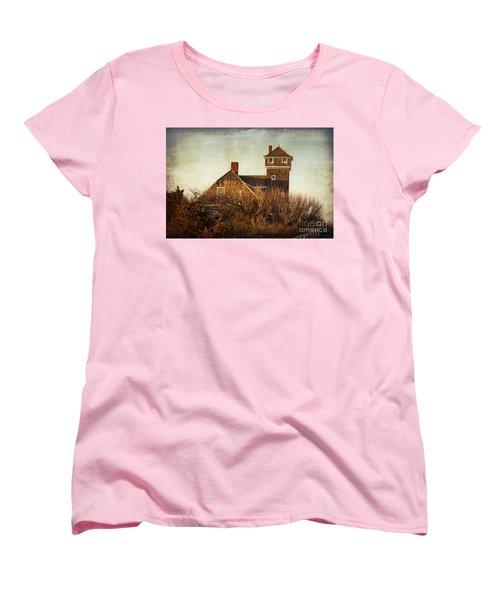 On The Hook  Women's T-Shirt (Standard Cut) by Debra Fedchin