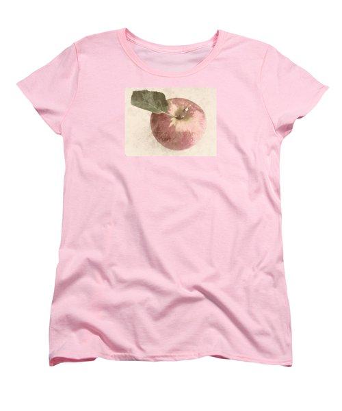 Perfect Apple Women's T-Shirt (Standard Cut)
