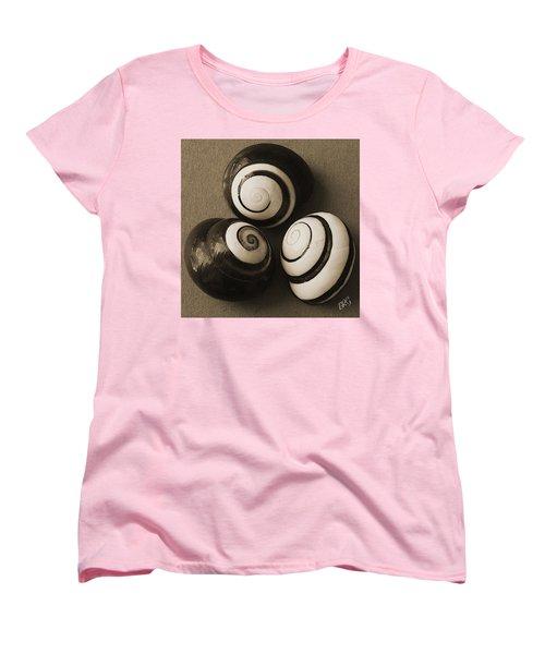 Seashells Spectacular No 28 Women's T-Shirt (Standard Cut) by Ben and Raisa Gertsberg