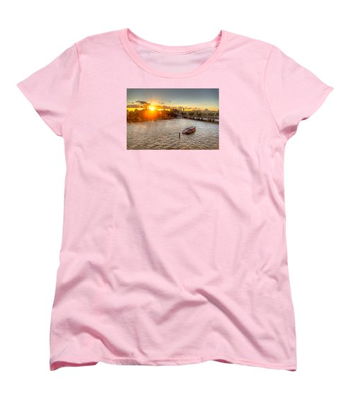 Sunset On The Thames Women's T-Shirt (Standard Cut) by Tim Stanley