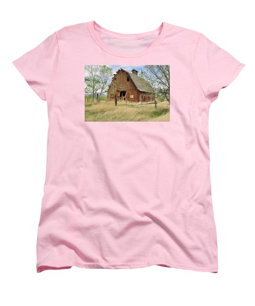 Women's T-Shirt (Standard Cut) featuring the photograph the Barn  by Fran Riley