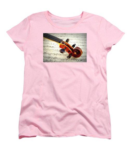 Violine Women's T-Shirt (Standard Cut)