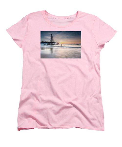 Women's T-Shirt (Standard Cut) featuring the photograph heche en Mexico by Edward Kreis