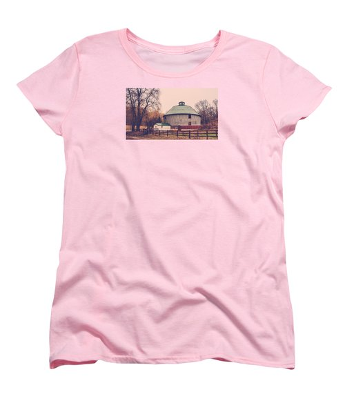 Round Barn Women's T-Shirt (Standard Cut) by Dan Traun