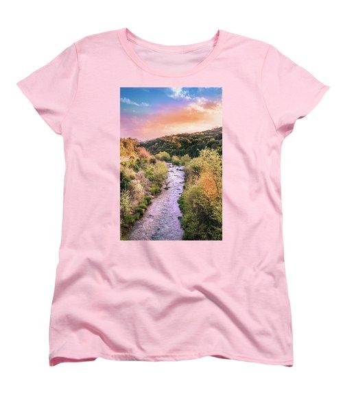 // Women's T-Shirt (Standard Cut)