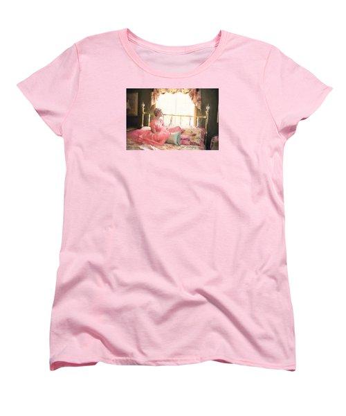 Vintage Val Bedroom Dreams Women's T-Shirt (Standard Cut) by Jill Wellington
