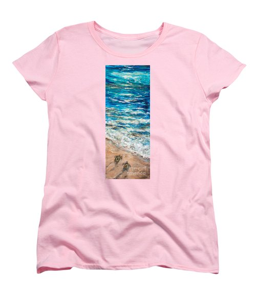 Baby Sea Turtles I Women's T-Shirt (Standard Cut)