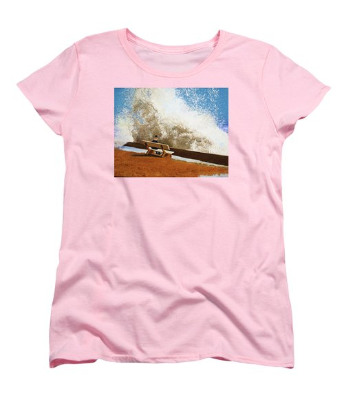 Incoming Women's T-Shirt (Standard Cut)