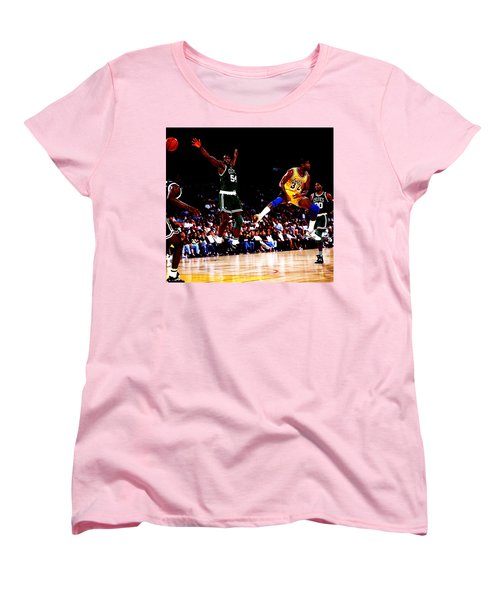 Magic Johnson No Look Pass 7a Women's T-Shirt (Standard Cut)