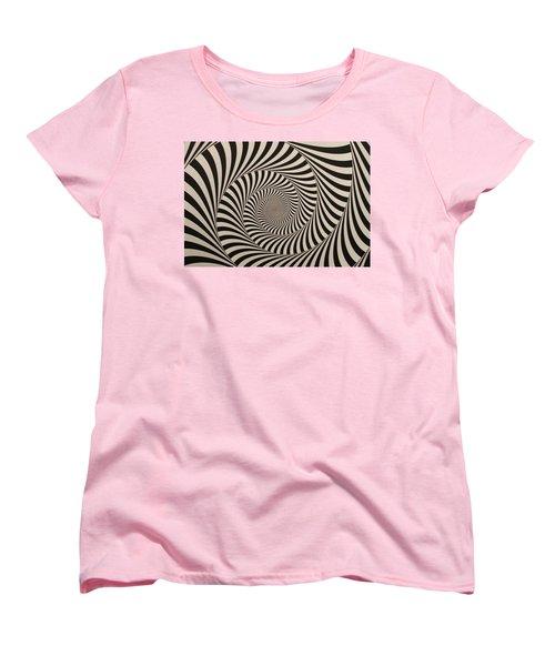Optical Illusion Beige Swirl Women's T-Shirt (Standard Cut) by Sumit Mehndiratta
