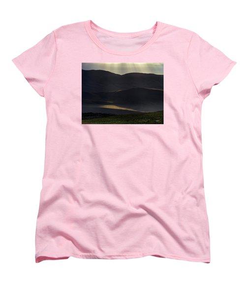 Women's T-Shirt (Standard Cut) featuring the photograph Oregon Mountains 1 by Leland D Howard