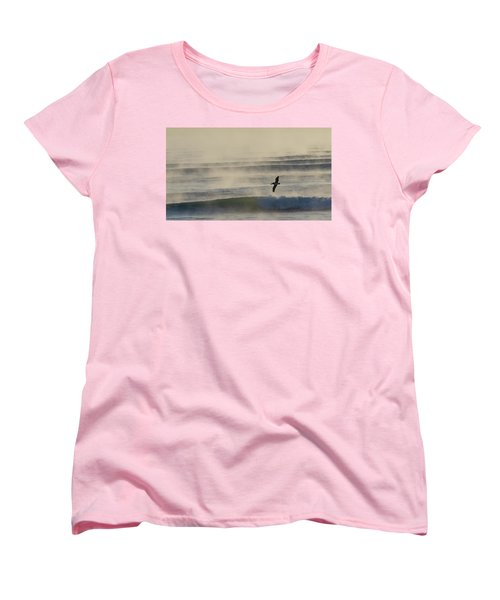Pelican In Sea Smoke Women's T-Shirt (Standard Cut)