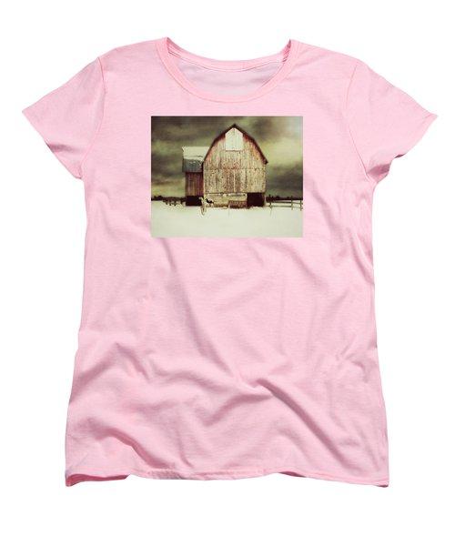 Women's T-Shirt (Standard Cut) featuring the photograph Standing Tall by Julie Hamilton