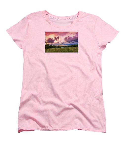 Sunset In Rear Intervale Women's T-Shirt (Standard Cut) by Ken Morris