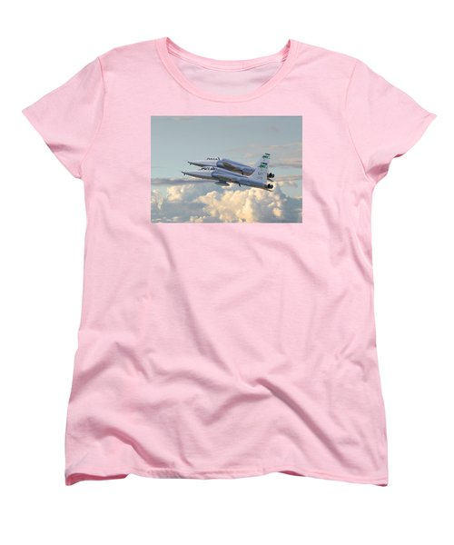 Women's T-Shirt (Standard Cut) featuring the photograph Talon T38 - Supersonic Trainer by Pat Speirs