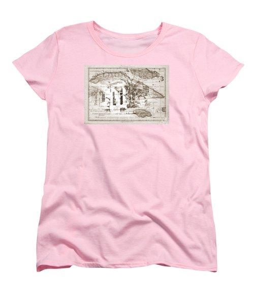 You Never Understand Women's T-Shirt (Standard Cut)