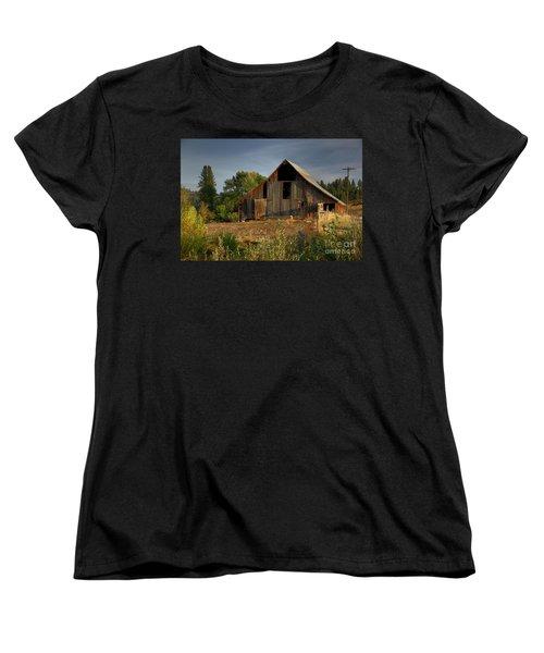 Women's T-Shirt (Standard Cut) featuring the photograph Yourn Barn by Sam Rosen