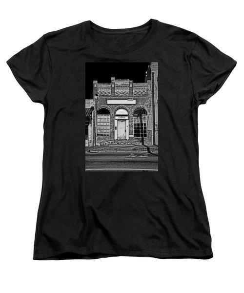 104 South Washington Women's T-Shirt (Standard Cut) by Mark Alder